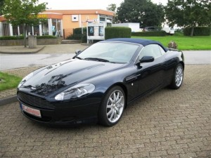Aston Martin DB9 Volante vl