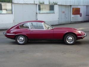 Jaguar E-Type V12 Coupe rechte Seite