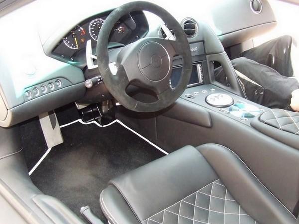 Lamborghini Murcielago Innenraum