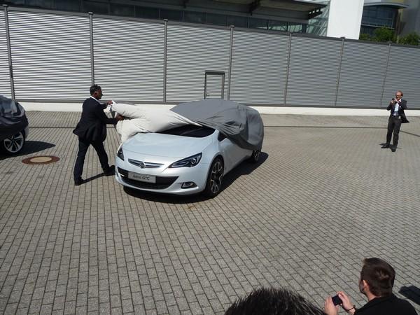 Der erste Opel Astra GTC wird enthüllt
