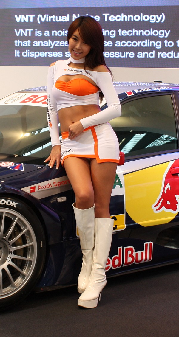 messe-hostessen-iaa-2011-20