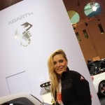 car-babes-messe-girls-motorshow-essen-2011 (15)