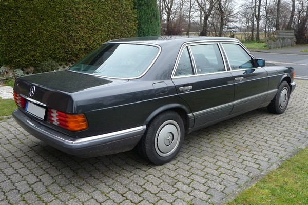 1989 Mercedes-Benz 500 SEL W 126 hinten rechts