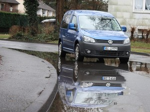 vw-caddy-spiegelbild