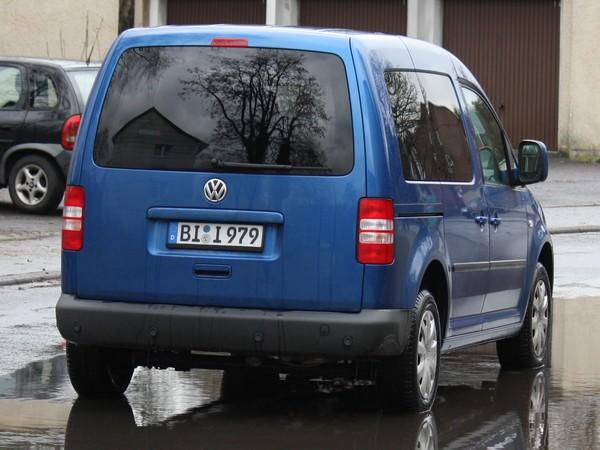 vw-caddy-spiegelbild-hinten