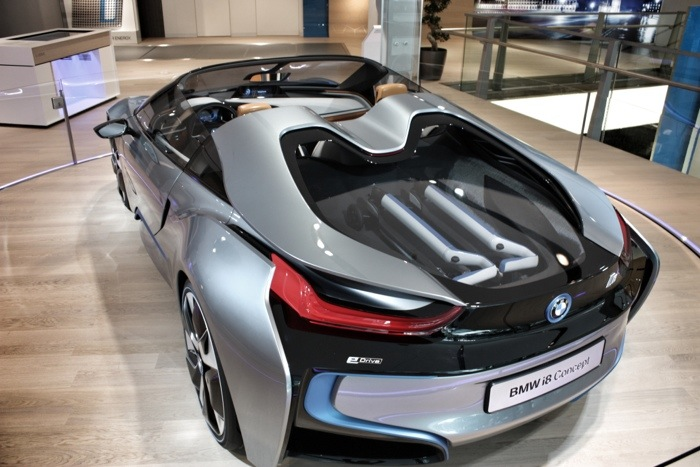 bmw i8 spyder preis wroc awski informator internetowy. Black Bedroom Furniture Sets. Home Design Ideas