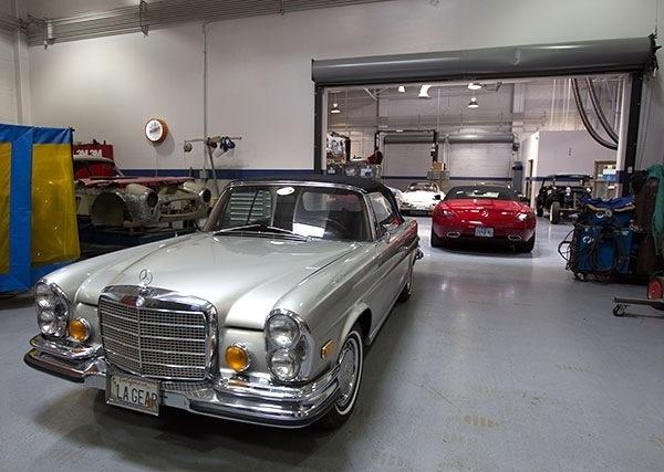 Jean war im mercedes benz classic center in irvine ca for Mercedes benz classic center california
