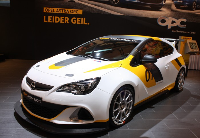 motorshow essen highlights 2012 opel astra gtc opc cup. Black Bedroom Furniture Sets. Home Design Ideas