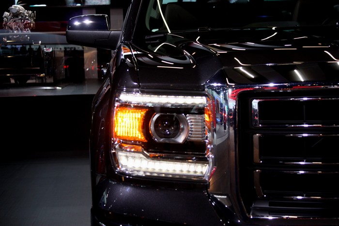 gmc-sierra-all-terrain-pick-up-naias-detroit-2013-03