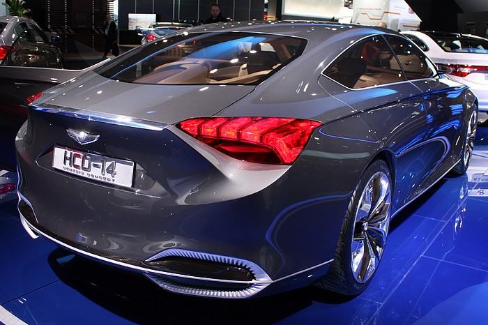 hyundai-concept-car-hcd-14-detroit-naias-2013-02
