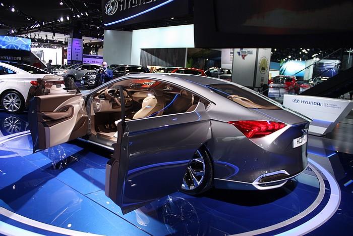 hyundai-concept-car-hcd-14-detroit-naias-2013-04