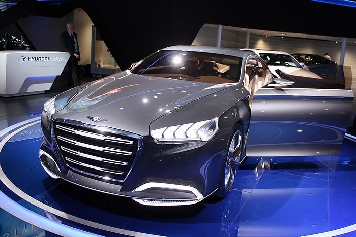 hyundai-concept-car-hcd-14-detroit-naias-2013-07