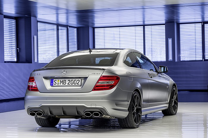 mercedes-benz-c63-amg-edition-507-heck