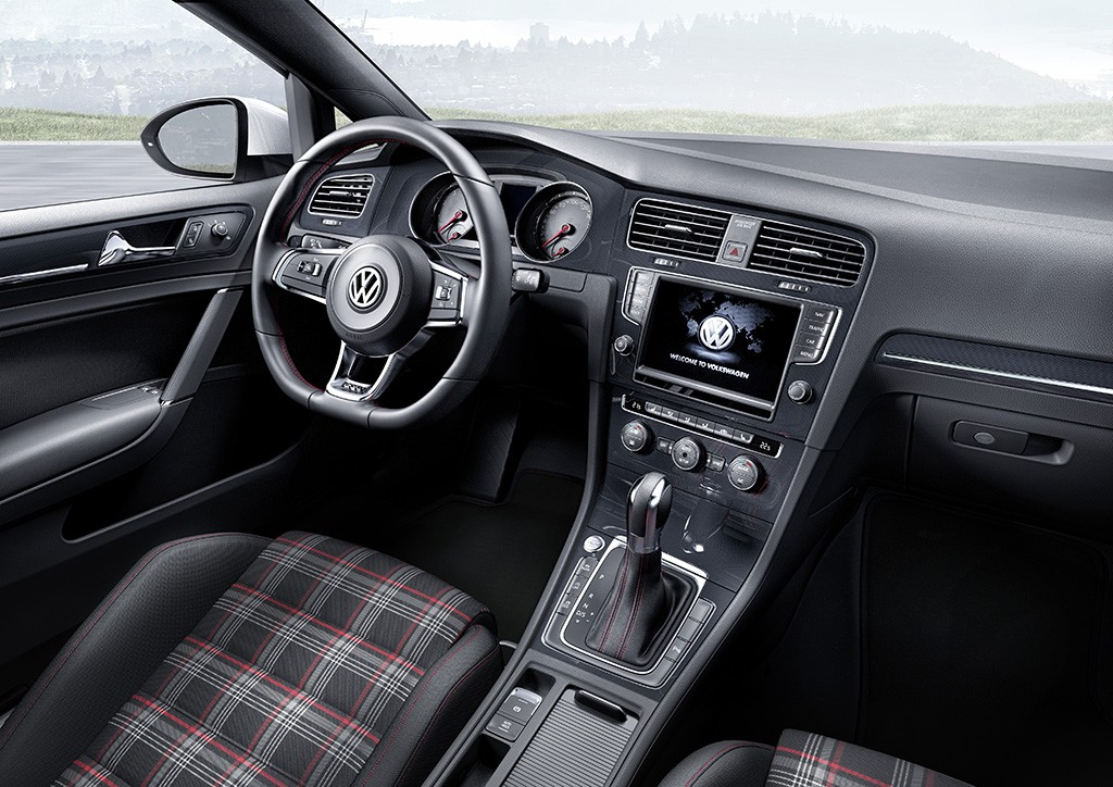 genf 2013 vw zeigt die endg ltige version vom neuen vw golf 7 gti rad. Black Bedroom Furniture Sets. Home Design Ideas