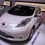 Nissan Leaf 2013: Front