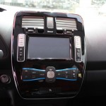 Nissan Leaf 2013: Display