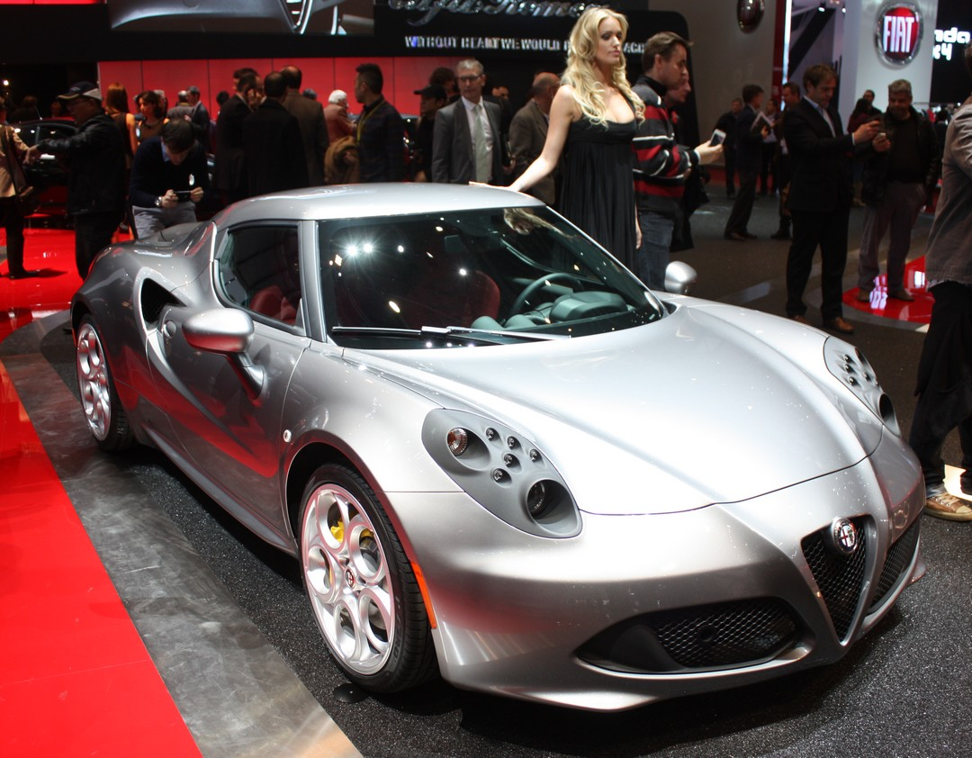 alfa-romeo-4c-auto-blog-automobil-blog-scheinwerfer-genf-2013-04