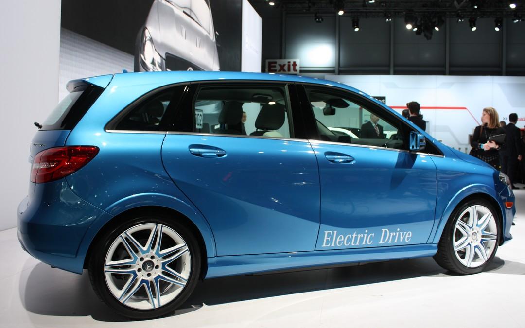 mercedes-benz-b-klasse-eletric-drive-usa-deutschland-kaufen-seite