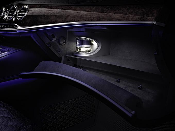 wie muss ein auto riechen ist der geruch wirklich entscheidend rad. Black Bedroom Furniture Sets. Home Design Ideas