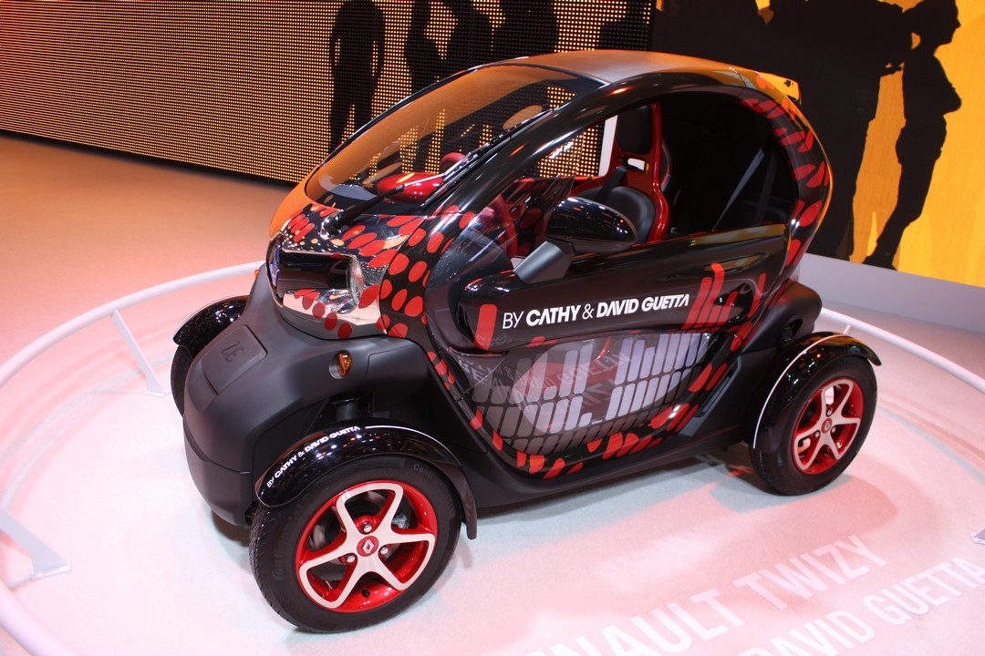 renault-twizy-by-david-guetta-und-cathy-genf-2013-01