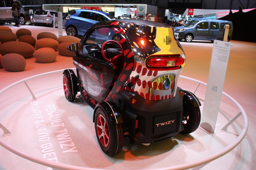 renault-twizy-by-david-guetta-und-cathy-genf-2013-03
