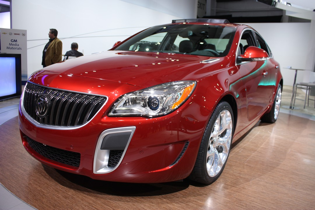buick-regal-gs-2014-front