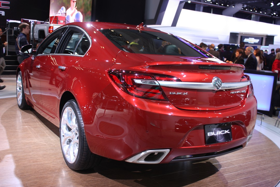 buick-regal-gs-2014-heck