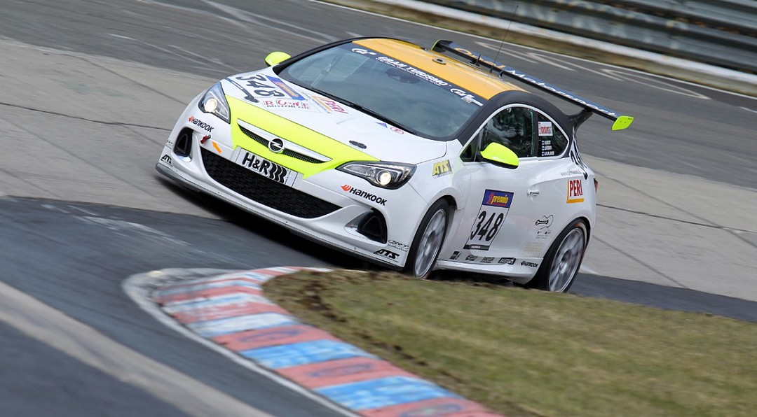 Opel-Astra-OPC-CUP-24h-rennen-nuerburgring-2013