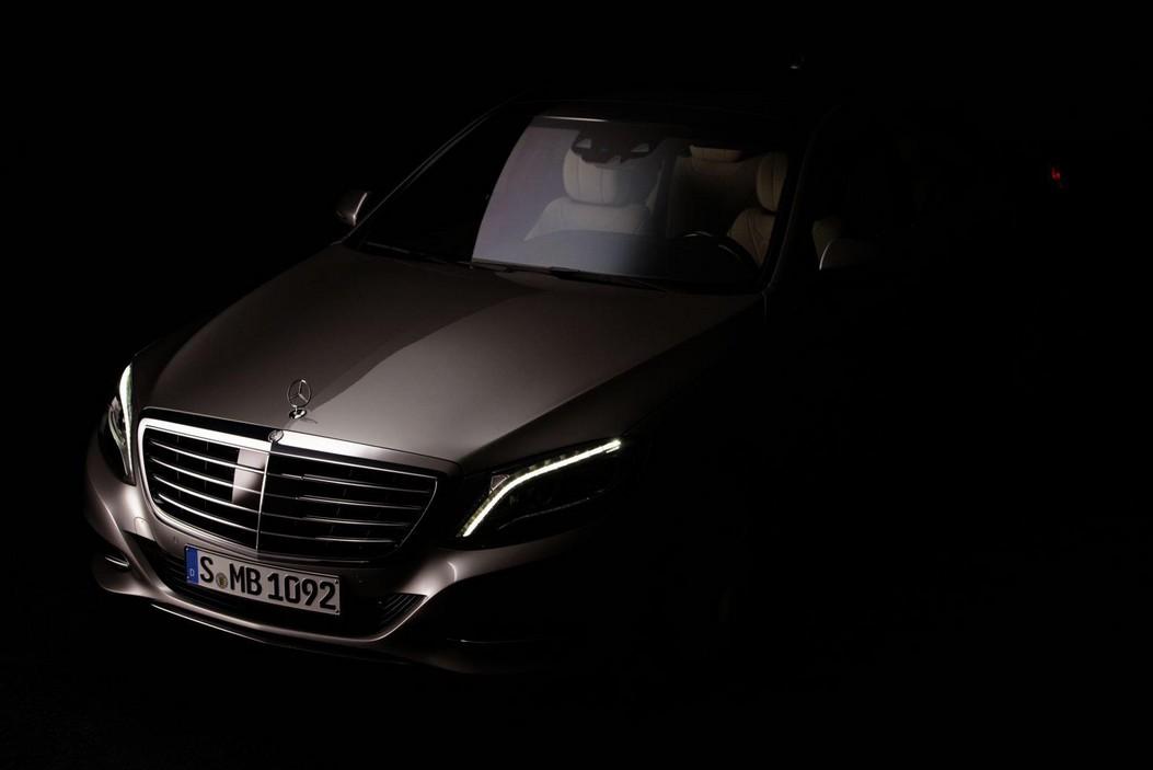 neue-mercedes-s-klasse-2013-w222-erstes-offizielles-foto-von-mercedes-benz