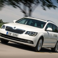 skoda-superb-facelift-2013-front