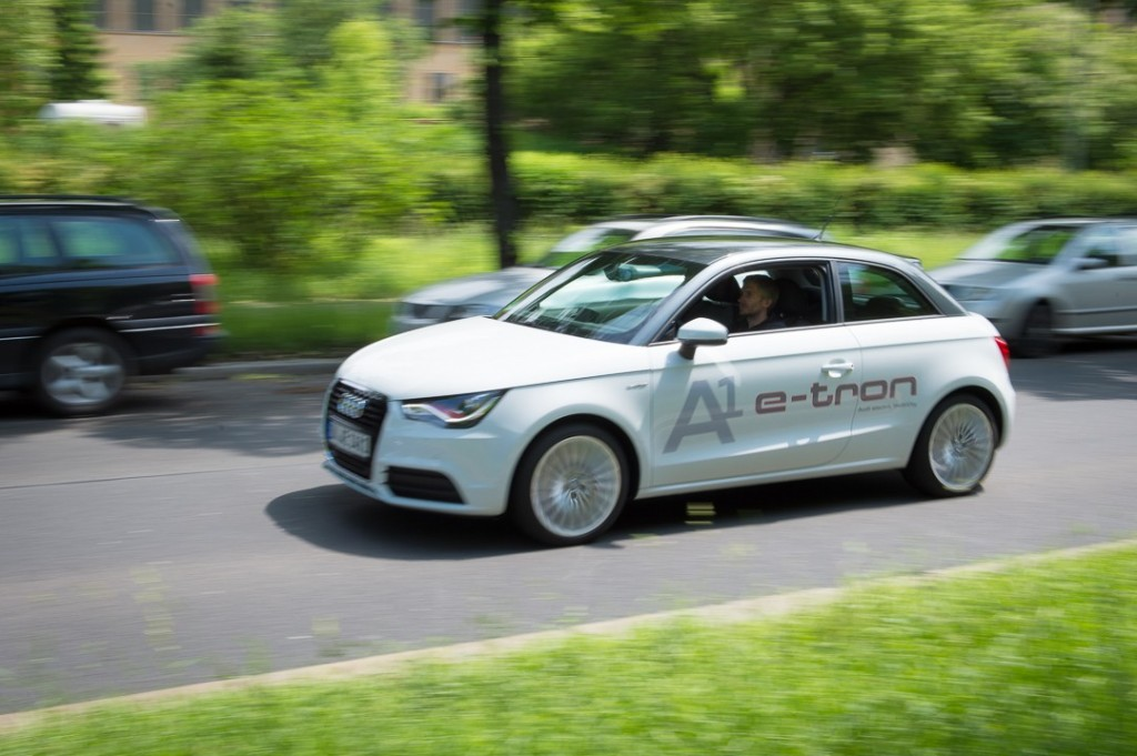 audi-a1-e-tron-in-berlin-fahrbericht-test-innovation-ampel