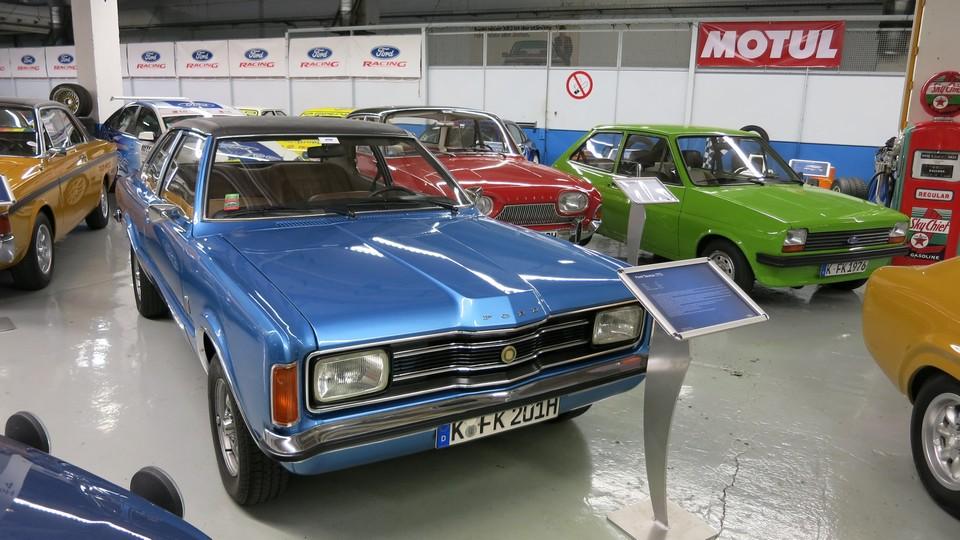 ford-classic-garage-koeln-niehl-fotos-2013-ford-taunus