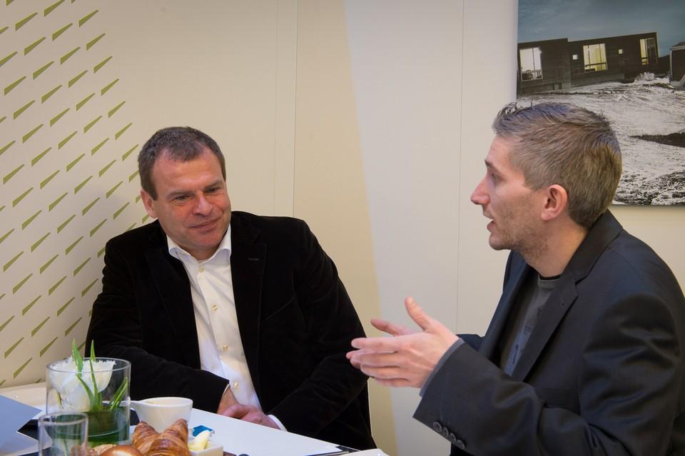 interview-tobias-moers-2013-genf-a-klasse-a-45-amg-cla-45-amg-jens-stratmann-02