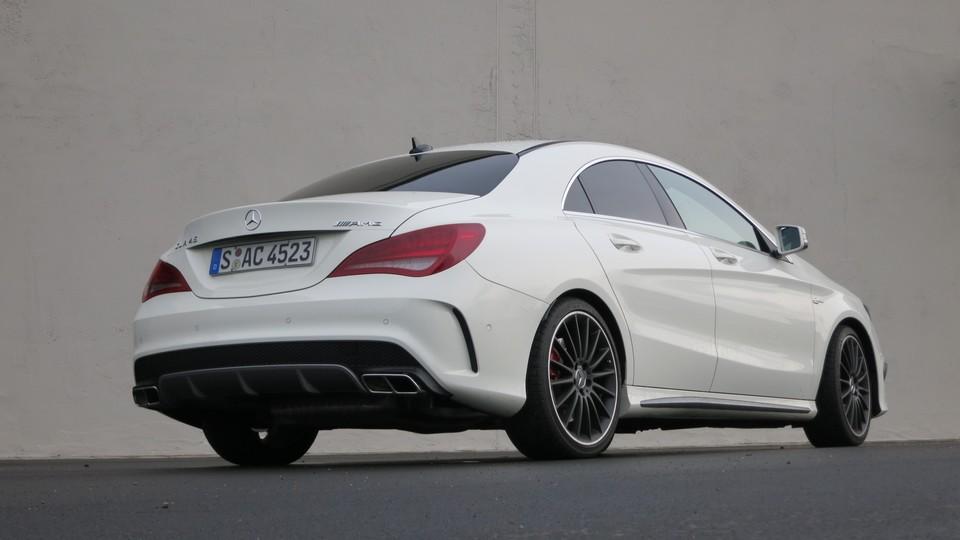 Fahrbericht Mercedes Benz Cla 45 Amg Der Kleine Bruder