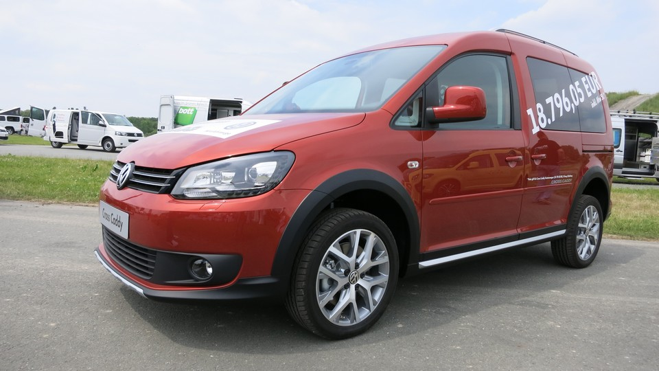 vw-cross-caddy-2013