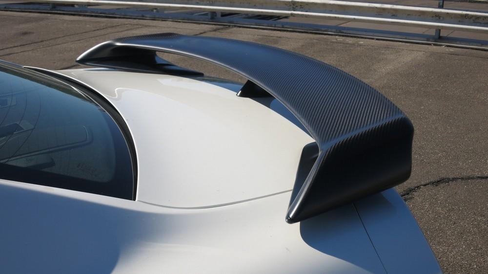 nissan-gt-r-2013-black-edition-heckspoiler-carbon