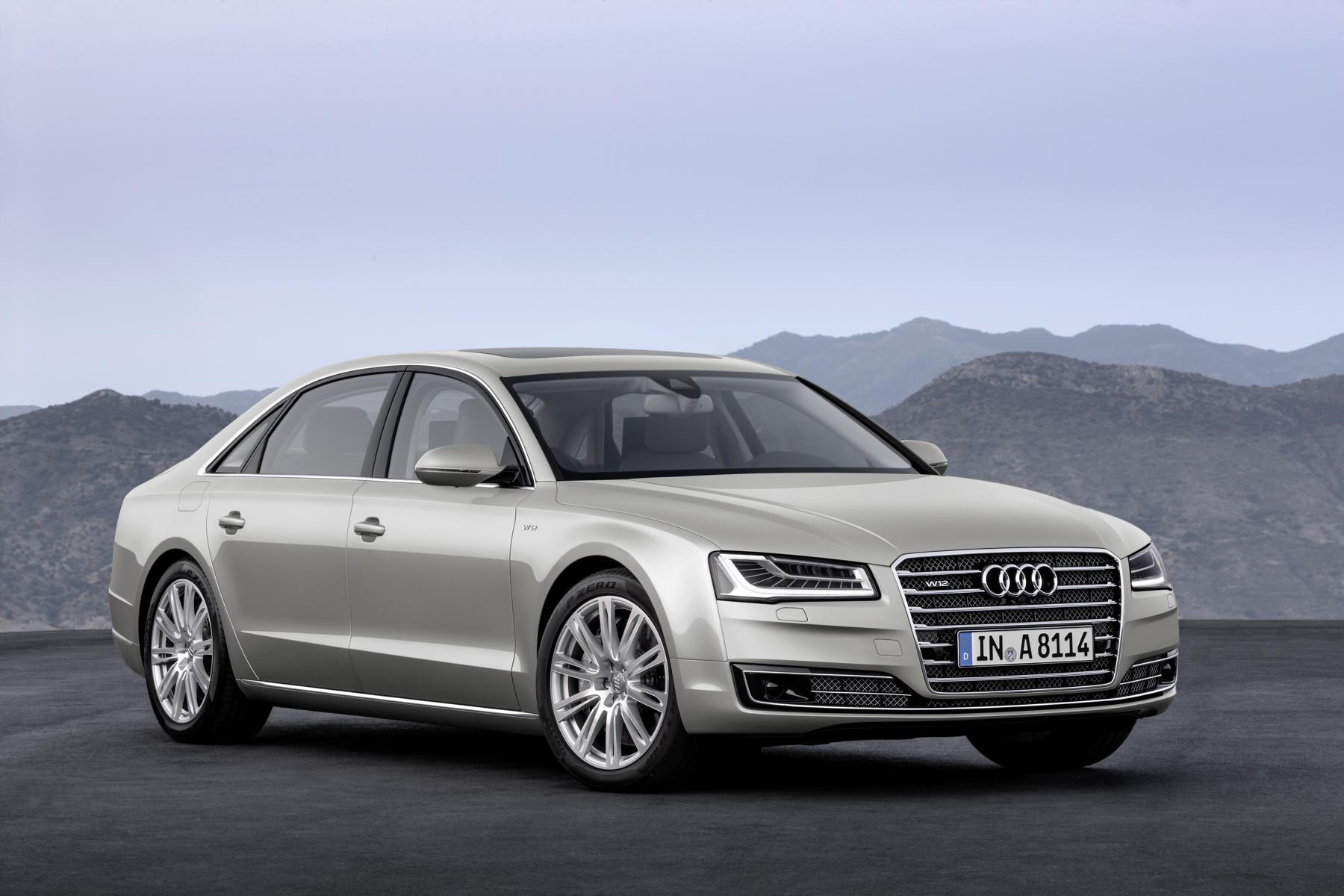 Audi_A8_W12_01_37