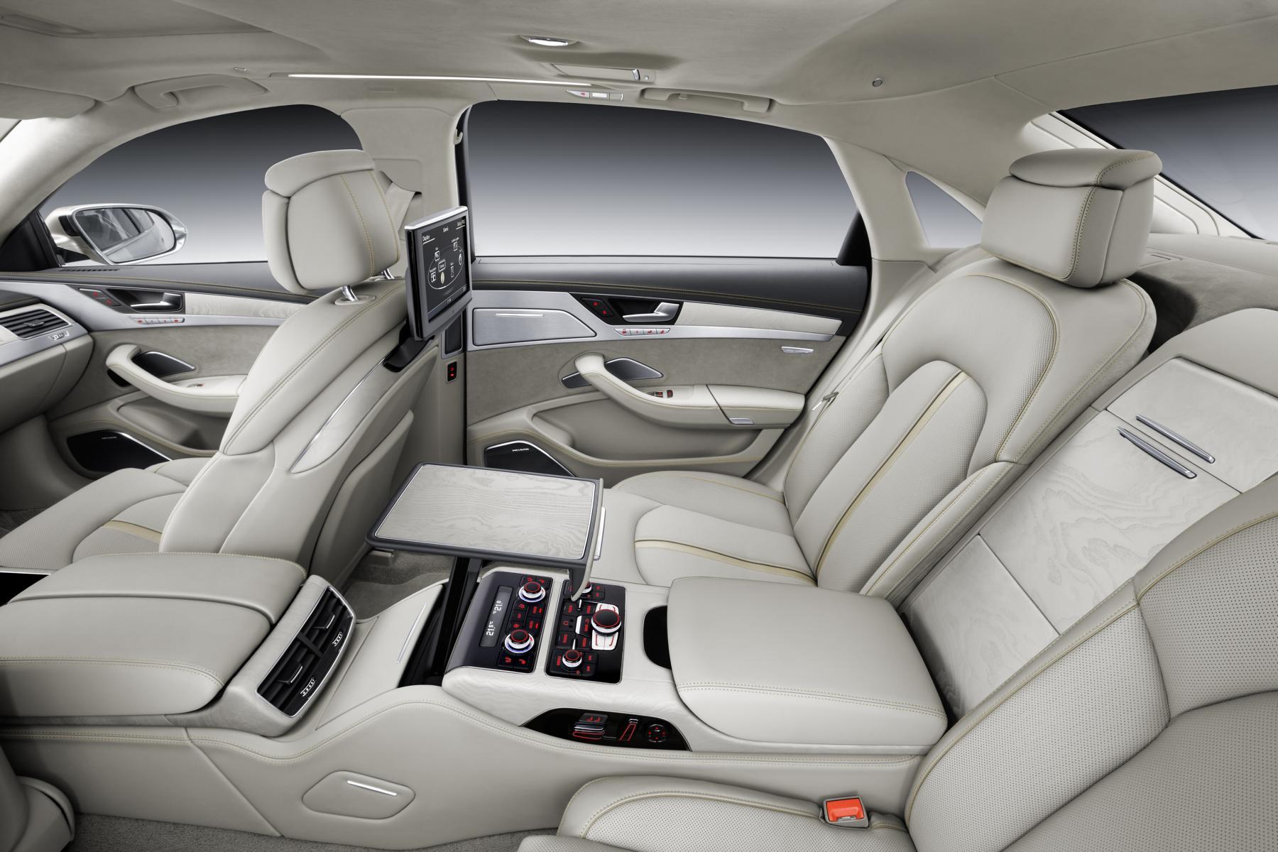 Audi_A8_W12_04_37