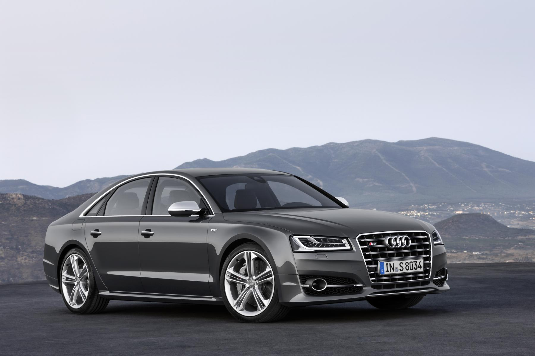 Audi_S8_01_37