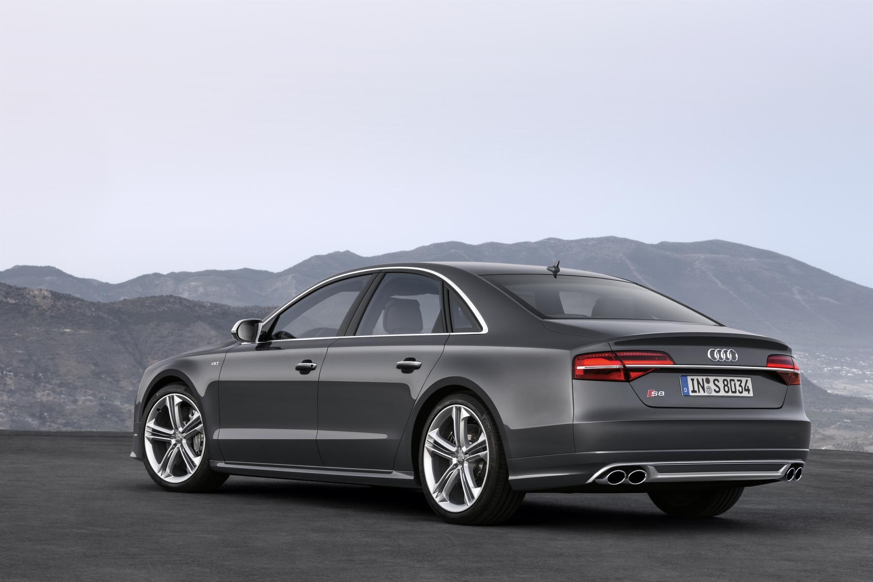 Audi_S8_02_37