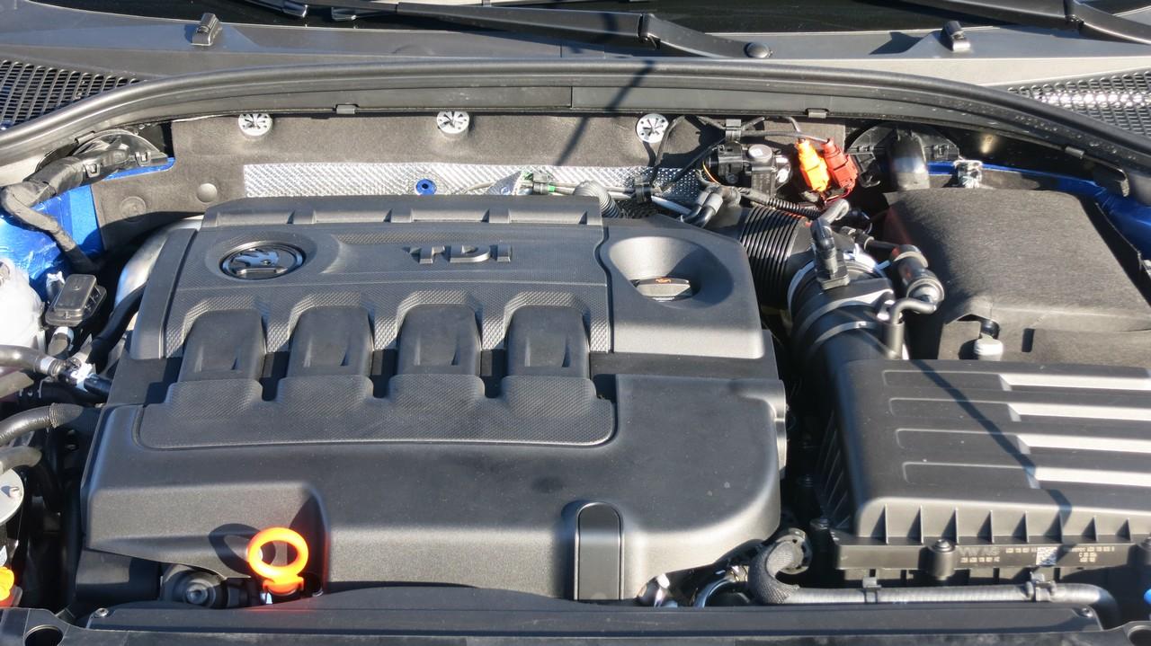 skoda-octavia-rs-kombi-combi-2013-diesel-184ps-kaufberatung-fahrbericht-test-motor