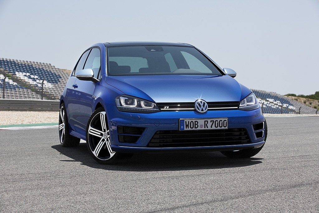 vw-golf-7-r-front