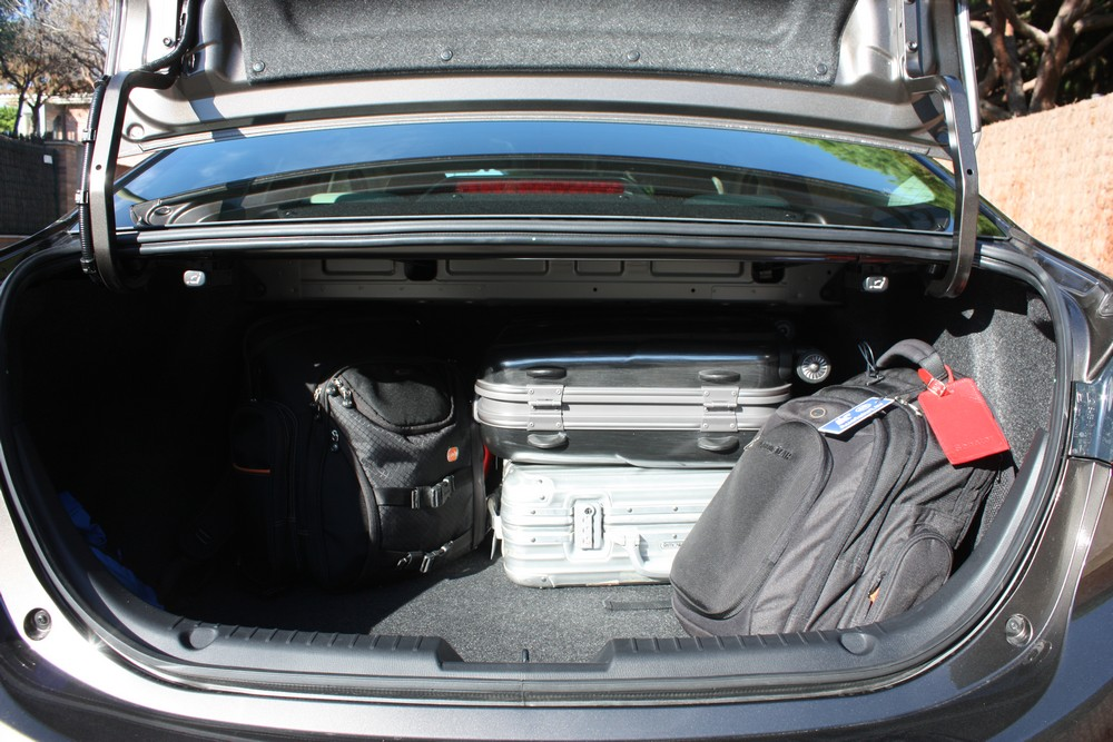 Fahrbericht Video Mazda3 Limousine 2014 Rad Ab Com