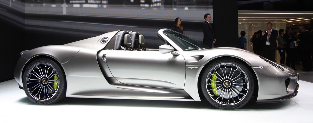 iaa 2013 porsche 918 spyder rad. Black Bedroom Furniture Sets. Home Design Ideas
