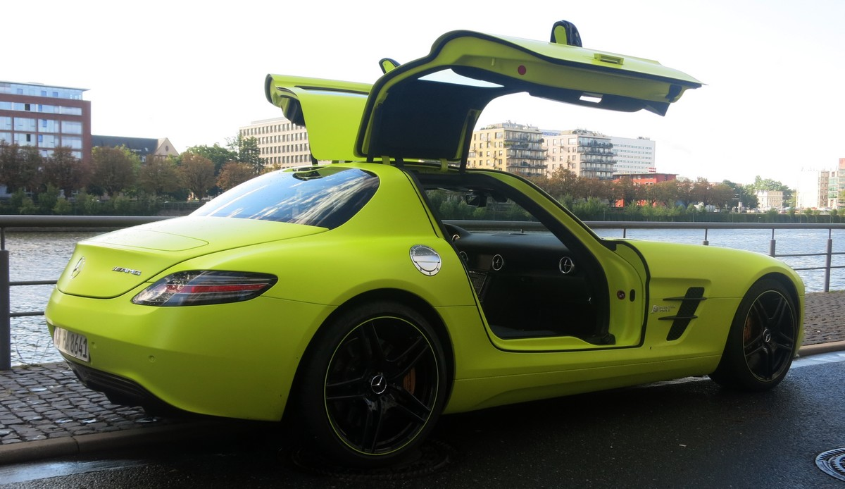 sls-amg-electric-drive-video-fotos-jens-stratmann-heck