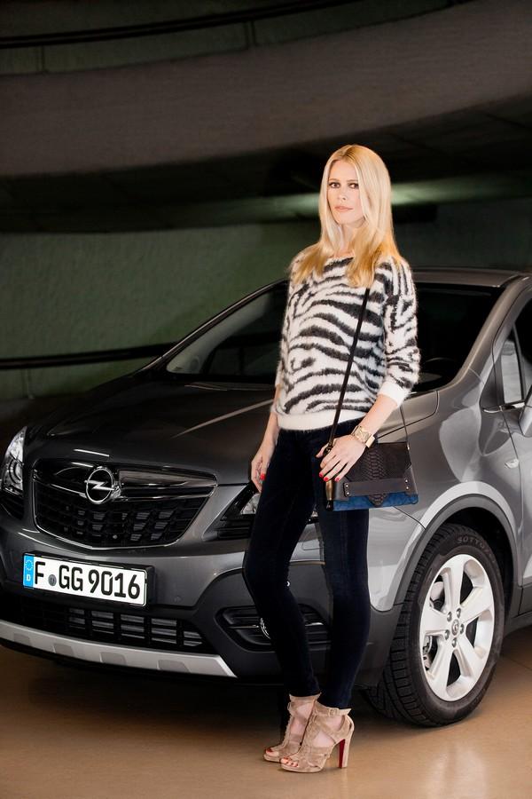 Opel-Claudia-Schiffer-Werbung-Markenbotschafterin
