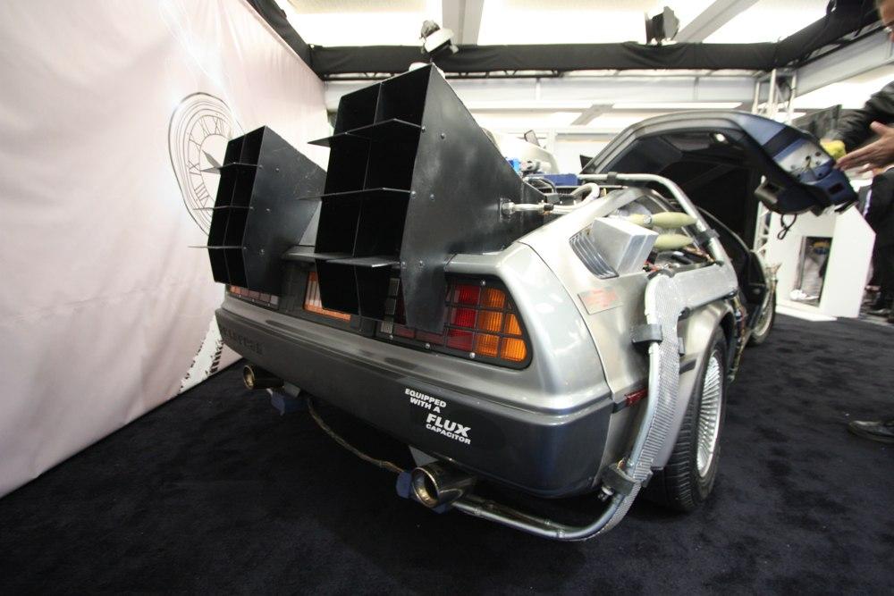 DeLorean-Filmfahrzeug-Zurueck-in-die-Zukunft-NAIAS-2014-Detroit-03