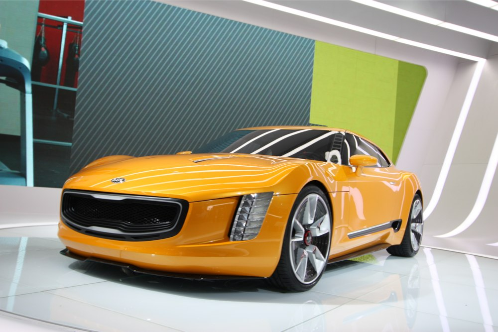 KIA-GT4-Stinger-Detroit-NAIAS-2014-Blog-01