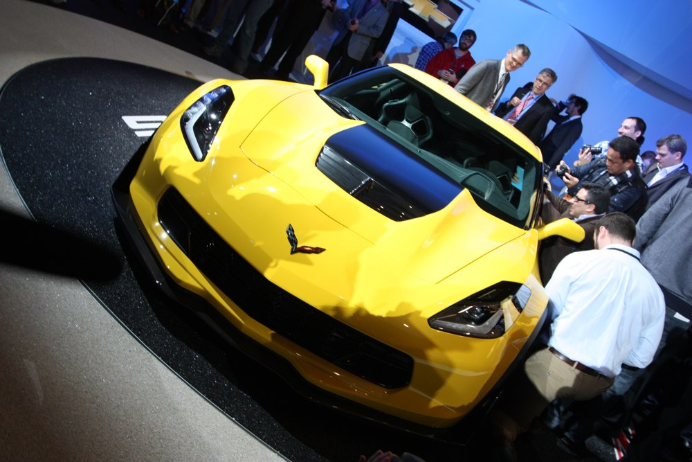 chevrolet-corvette-z06-stingray-naias-2014-detroit-02