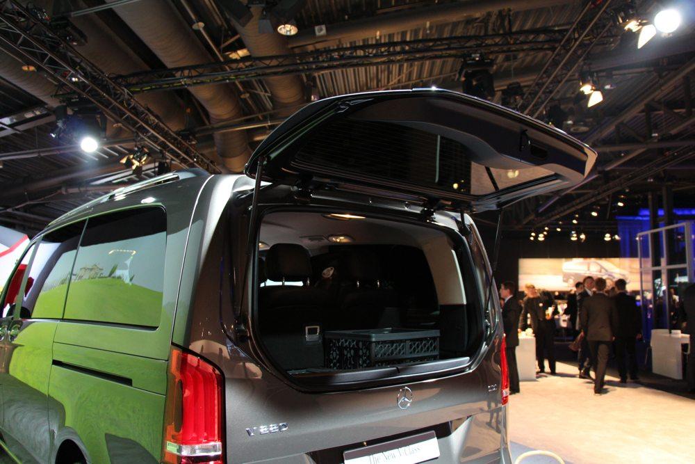 neue-mercedes-benz-v-klasse-2014-van-transporter-grossraumlimousine-05